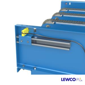 Drag Chain Conveyor with Unistrut Mounted Product Sensor